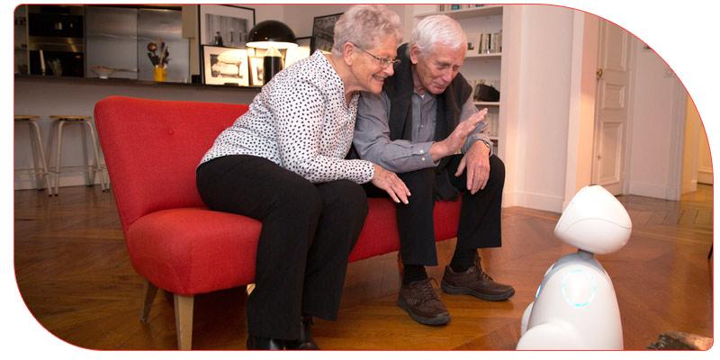 وجود ربات برای پرستاری از سالمندان