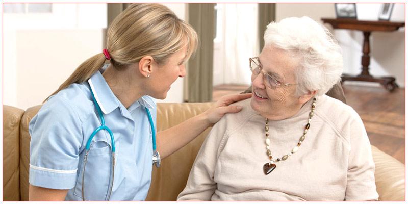 پرستار سالمند و رعایت نکات نگهداری