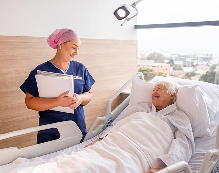 خدمات ارائه شده توسط پرستار بیمار