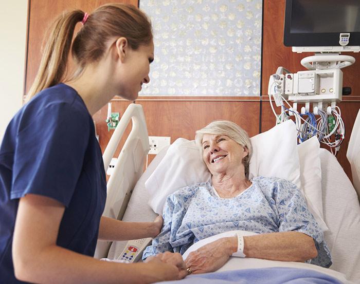 خدمات مراقب بیمار در آتیه پرستاران سلامت