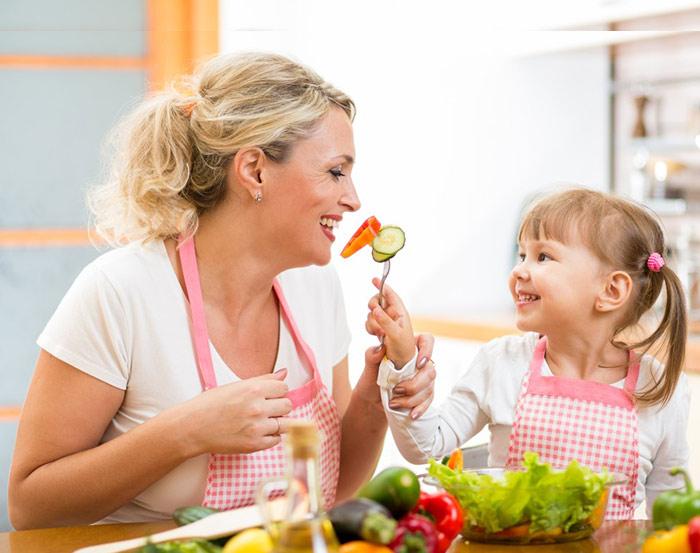 خدمات و وظایف پرستار کودک در منزل