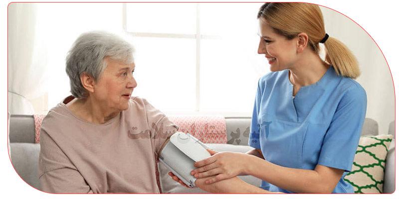 پرستار بیمار روزانه