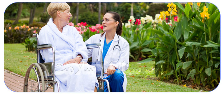خدمات عمومی پرستار سالمند تمام وقت