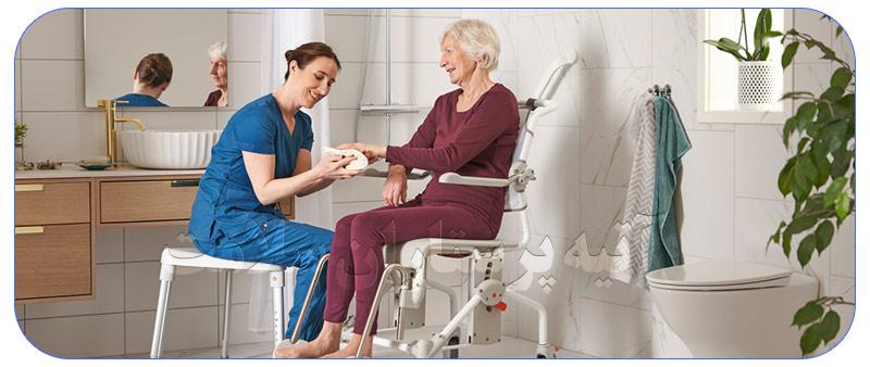 رسیدگی و مراقبت از سالمندان در منزل