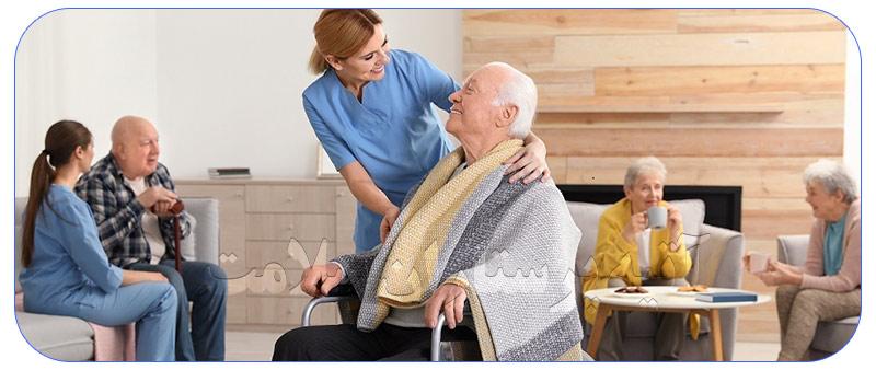 پرستار جهت نگهداری سالمند