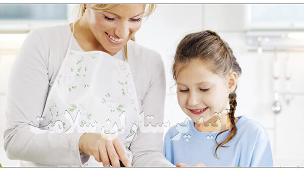 پرستار کودک روزانه آتیه سلامت