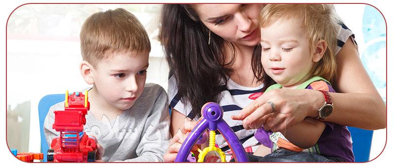خدمات پرستار حرفه ای کودک در منزل