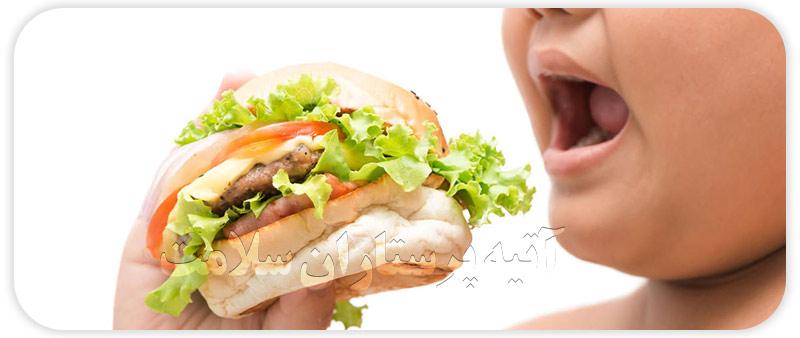 خوراکی های تاثیر گذار در چاقی کودکان