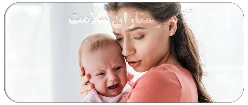 طریقه آروغ گرفتن نوزادان