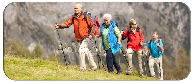 مزیت های کوهنوردی برای سالمندان