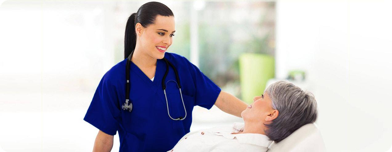 پرستاری کردن از بیماران در خانه
