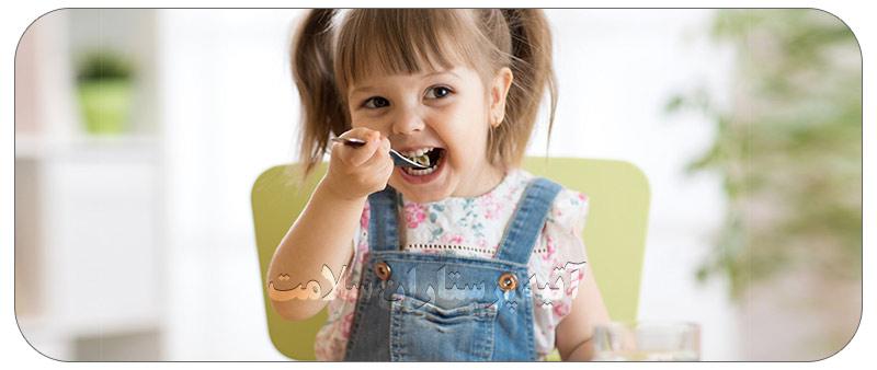 جویدن غذا در کودکان