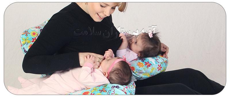 نحوه شیر دادن به نوزاد دوقلو