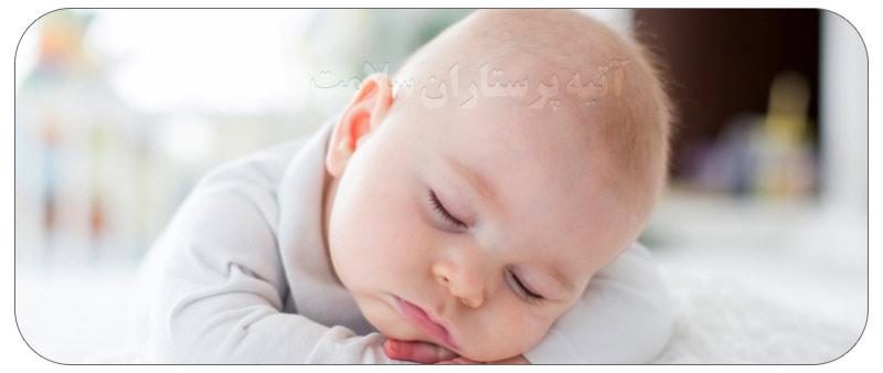 خطرات خواباندن نوزاد روی شکم
